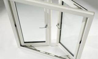 okov-plasticni-vrati-prozori